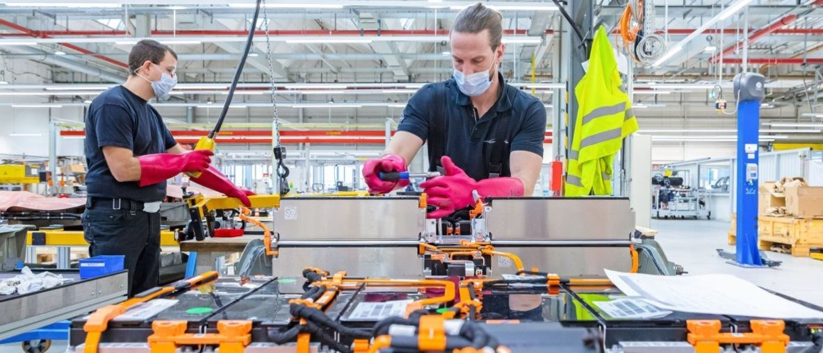 Opel ist elektrisch: Batterie-Center in Rüsselsheim für besten Service