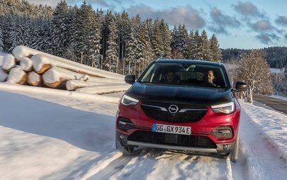 Flüsterleise und bärenstark: Der neue E-Allrad beim Opel Grandland X