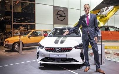 """Opel wird elektrisch"": CEO Michael Lohscheller kündigt auf der IAA nächste Schritte der Opel-Elektro-Offensive an"