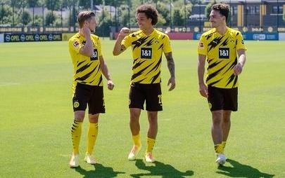 Opel startet mit seinen Partnern in die neunte Fußballsaison in Folge