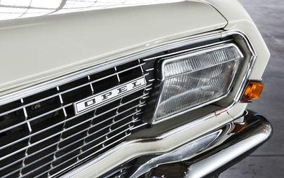 Keine Spur von Notfall: Opel Grandland X fährt jetzt mit Blaulicht