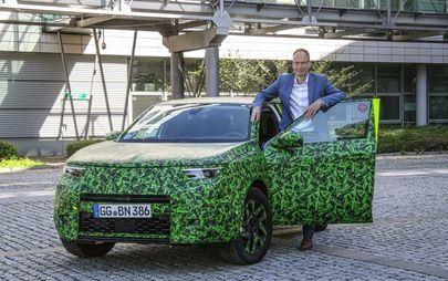 Im Video: CEO Michael Lohscheller zeigt den neuen Opel Mokka