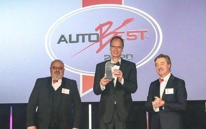 Neuer Opel Corsa und Opel-Chef Lohscheller mit den internationalen AUTOBEST-Awards ausgezeichnet