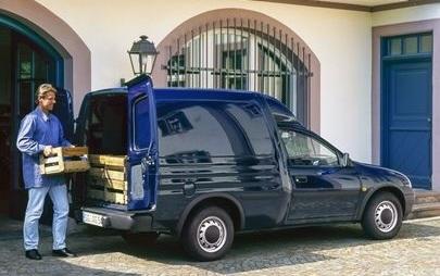 Die tägliche Lieferung hat bei Opel seit über 120 Jahren Tradition