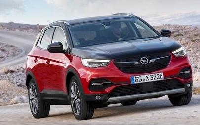 Vienna Autoshow: Opel präsentiert Elektromobilität und gibt großen Überblick über junge Modellpalette