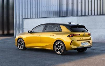 Der Opel Astra fährt in eine neue Ära: Elektrifiziert, effizient und aufsehenerregend