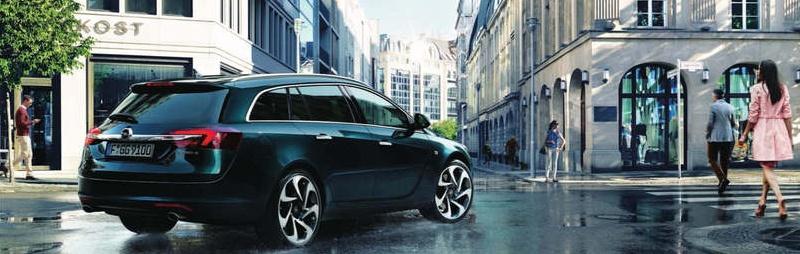 Opel Insignia von hinten